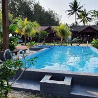 Bayu Beach Penarek, hotel in Kampung Penarik