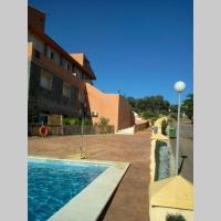 Acogedor Apartamento con Piscina a 20 minutos de Sevilla, en Sierra Norte, hotel en El Castillo de las Guardas