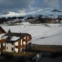 Ferienwohnung im Haus Primula, hotel in Obersaxen