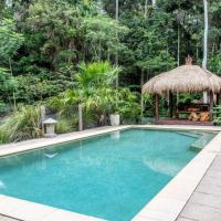 Noosa Rainforest Escape - Asian Influences, hotel in Doonan