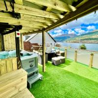 Amazing Alps and Loch views - HOT TUB and pet friendly