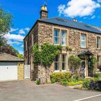 Lynwood - Victorian Home in the Peak District