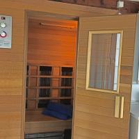 Atelieronwater # De Fuut, hotel in Broek op Langedijk
