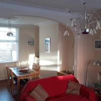Seaside Home from Home 4bedroom sleeps 8