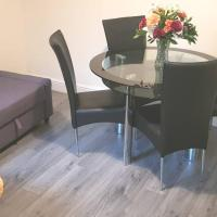 Homely Experience for Contractors,Grays, hotel in Grays Thurrock