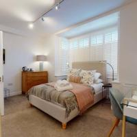 The Oxford Lodge six bedroom Oxford home