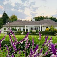 L'Bloom Country House