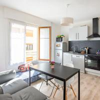 Large apartment 15min from the BEACHES, hotel in Baille-La Timone, Marseille