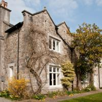 Tros Yr Afon Holiday Cottages and Manor House, hotel in Beaumaris