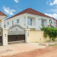 Room in Apartment - Qualer Apartments Hotels, hotel in Jos