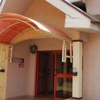 Room in Lodge - Tresor Guest Inn Ltd, hotel in Jos