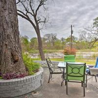 Creekside Home Near Dallas with Patio and Grill!, hotel in Garland