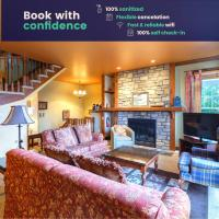 4BR Chalet-style Condo with views of Mont-Tremblant