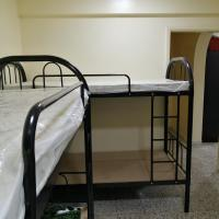 Bedspace available for Males Beside SharafDG metro station 600 per Month