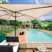 Splendid Holiday Home in Sant Angelo in Pontano with Garden