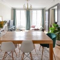 Superb bright apt in the heart of the MARAIS