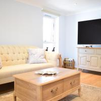 Fantastic 2 Bedroom Apartment In The Heart Of Chelsea, hotel in London