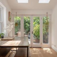 Stylish 2-Bedroom Apartment - Stoke Newington