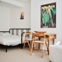 Trendy studio flat in Kemptown Village
