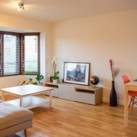 -20 Monthly Romantic 1 Bedroom Entire Flat