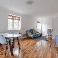 Modern and Central 2 Bedroom Minutes from Euston Station