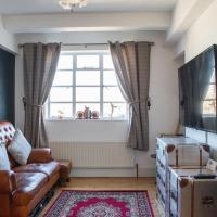 Beautifully Decorated and Quirky 1 Bed Flat in E1
