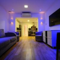 Luxury London Apartment Sleeps 6