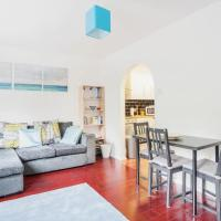 Modern and Homely 2 Bedroom by Canary Wharf
