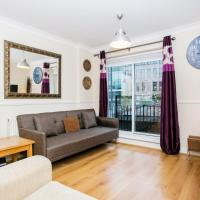 1-Bed Apartment on the Riverbank near St Paul's