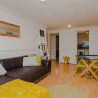 Contemporary 1BD Flat in Camberwell Oval