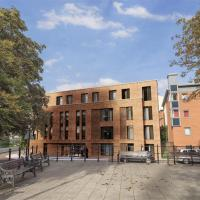 Zeni Apartments, 5 Bed Apartment in Central Leicester