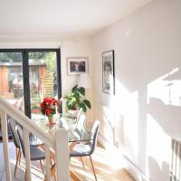 Stunning 3BD Apartment in Brixton!