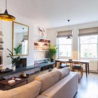 Beautifully Designed 2 Bedroom with Balcony near Notting Hill