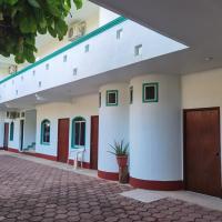 HOTEL ESCONDIDO