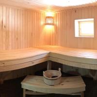 Домик-баня у леса