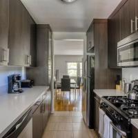 Stay Gia Chic 3 Bedroom Apartment At Westchester Apartments