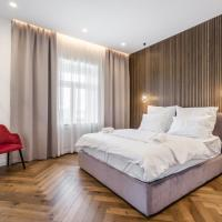 Budapest Eye- Boutique Suites, by BQA