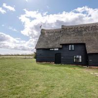 The Hayloft Valley Farm Barns Snape Air Manage Suffolk