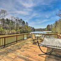 Large Lakefront Home with Hot Tub and Party Dock!, hotel in West Union