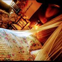 Room in Guest room - Romantic getaway to Valeria
