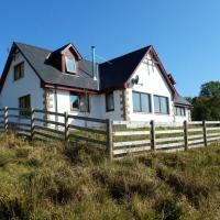 Gasgan. Large croft house with amazing loch views