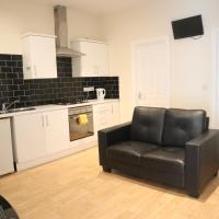 4 Bed/City Centre/Fast WiFi/Spacious Apartment