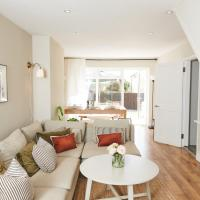Stylish 3 bedroom house in popular beach village of Saundersfoot