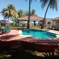 La Ceja Beach House, hotell sihtkohas El Tamarindo