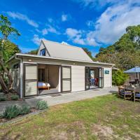 A Little Hideaway - Mangawhai Heads Holiday Home