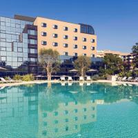 Mercure Villa Romanazzi Carducci Bari, отель в Бари