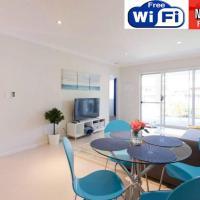 CONVENIENT AIRPORT SUNNY GARDEN WIFI NETFLIX WINE, hotel near Perth Airport - PER, Perth