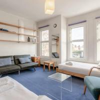 Beautiful 2 Bedroom Home In Putney