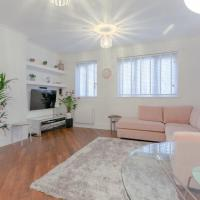 Pretty newly refurbished 2bed Flat in Haggerston