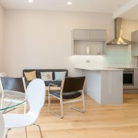 Pass the Keys Newly Refurbished flat with Decked Sun Terrace in Lewisham